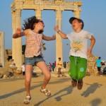 Jak zrobić zdjęcia z wakacji - szalone podskoki